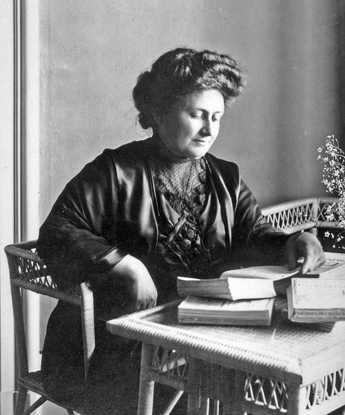 Dòng thời gian của cuộc đời Maria Montessori vĩ đại