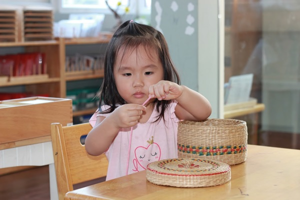 Phương pháp dạy trẻ thông minh sớm giúp tâm hồn trẻ thành một bức tranh tươi đẹp