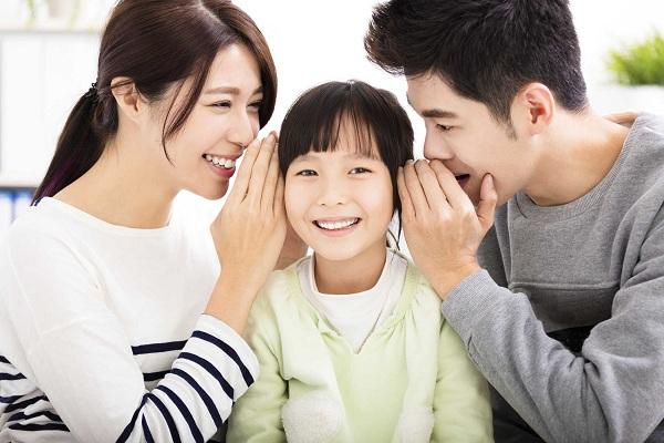 Bố mẹ có vai trò rất quan trọng đối với sự phát triển của trẻ