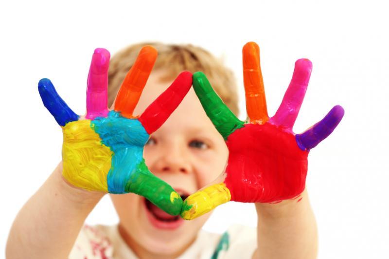 Trường mầm non montessori hỗ trợ trẻ tự do sáng tạo