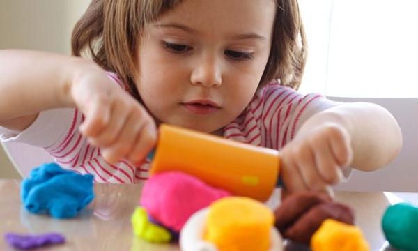 Giáo dục sớm cho trẻ từ 0 đến 6 tuổi có khó không?